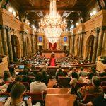 Mesa del Parlament, on són les dones?