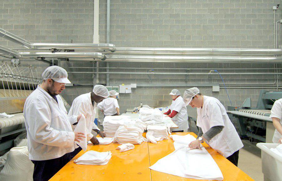 Trabajadores del Centre Especial de Treball Arapdis foto: Arapdis
