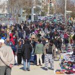La venda torna al carrer a les Glòries: un mercat de segona mà s'expandeix a la plaça