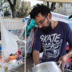 """Sin techo, precarios y migrantes organizan una semana de debates en plaza Catalunya: """"República sí, pero con derechos para todos"""""""