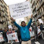 Barcelona pressionarà l'Estat perquè elimini les traves per l'accés a la nacionalitat