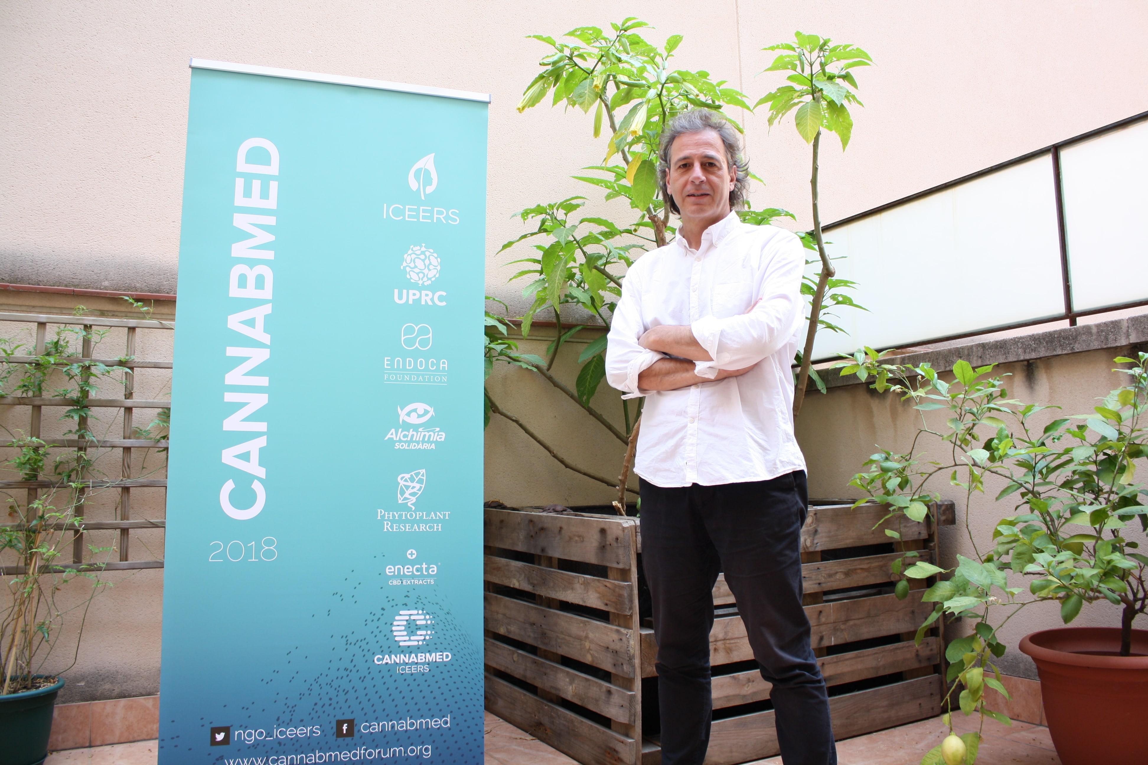 """""""Cal que els pacients siguin visibles i que els metges prenguin consciència: hi ha molta gent que consumeix cànnabis amb finalitats medicinals i això no es frenarà"""""""