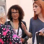 """""""Dissimular i callar"""": l'oportunitat laboral més estesa entre les dones trans"""
