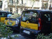 Molts taxis duen llegendes reivindicatives de la vaga foto: Tomeu Ferrer
