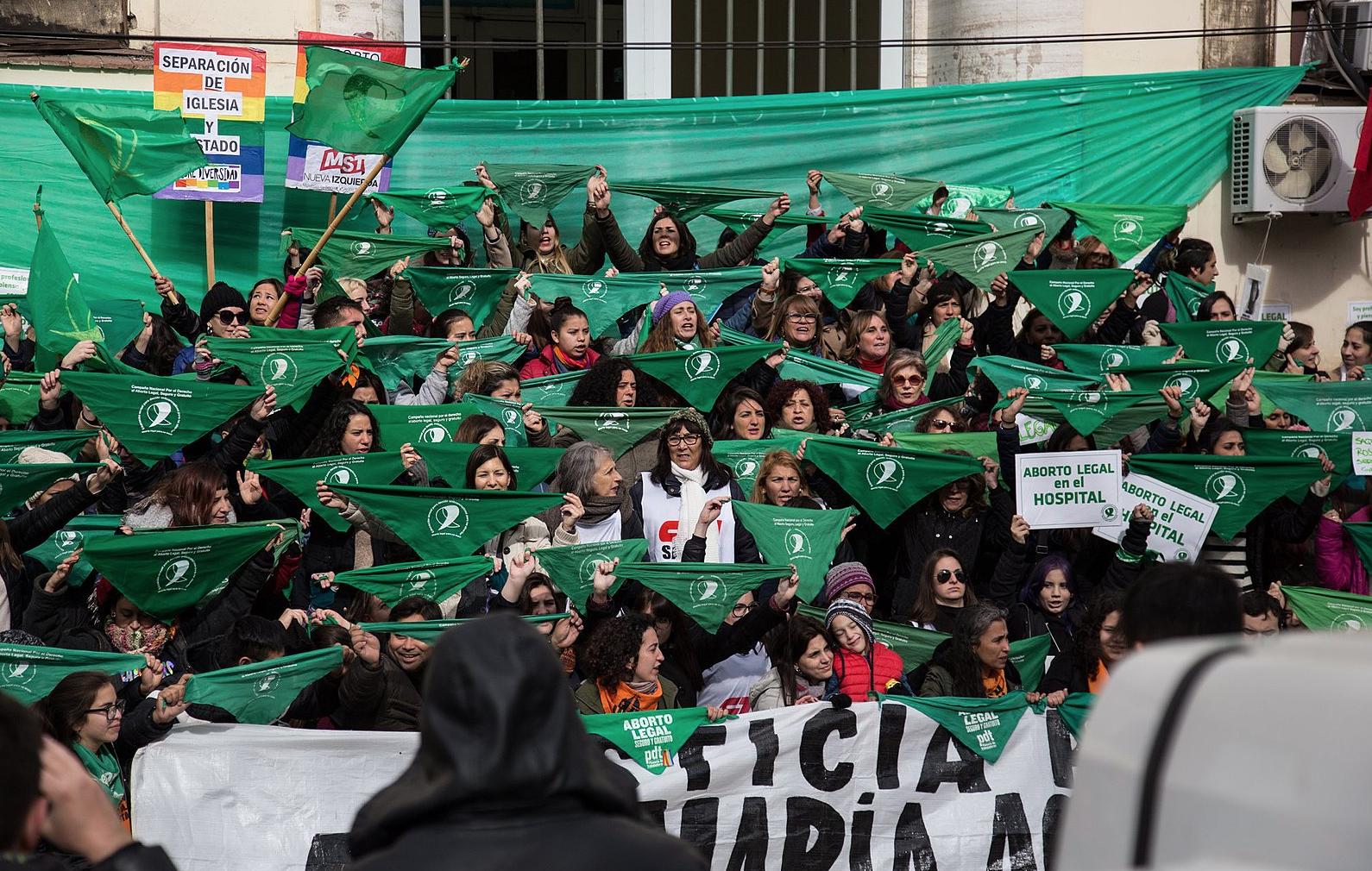 Abortar por derecho: prioridad feminista, de Argentina a los Pirineos