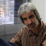 """Jordi Armadans, director de Fundipau: """"Si el que va fer Gandhi és violent, tot ho és"""""""