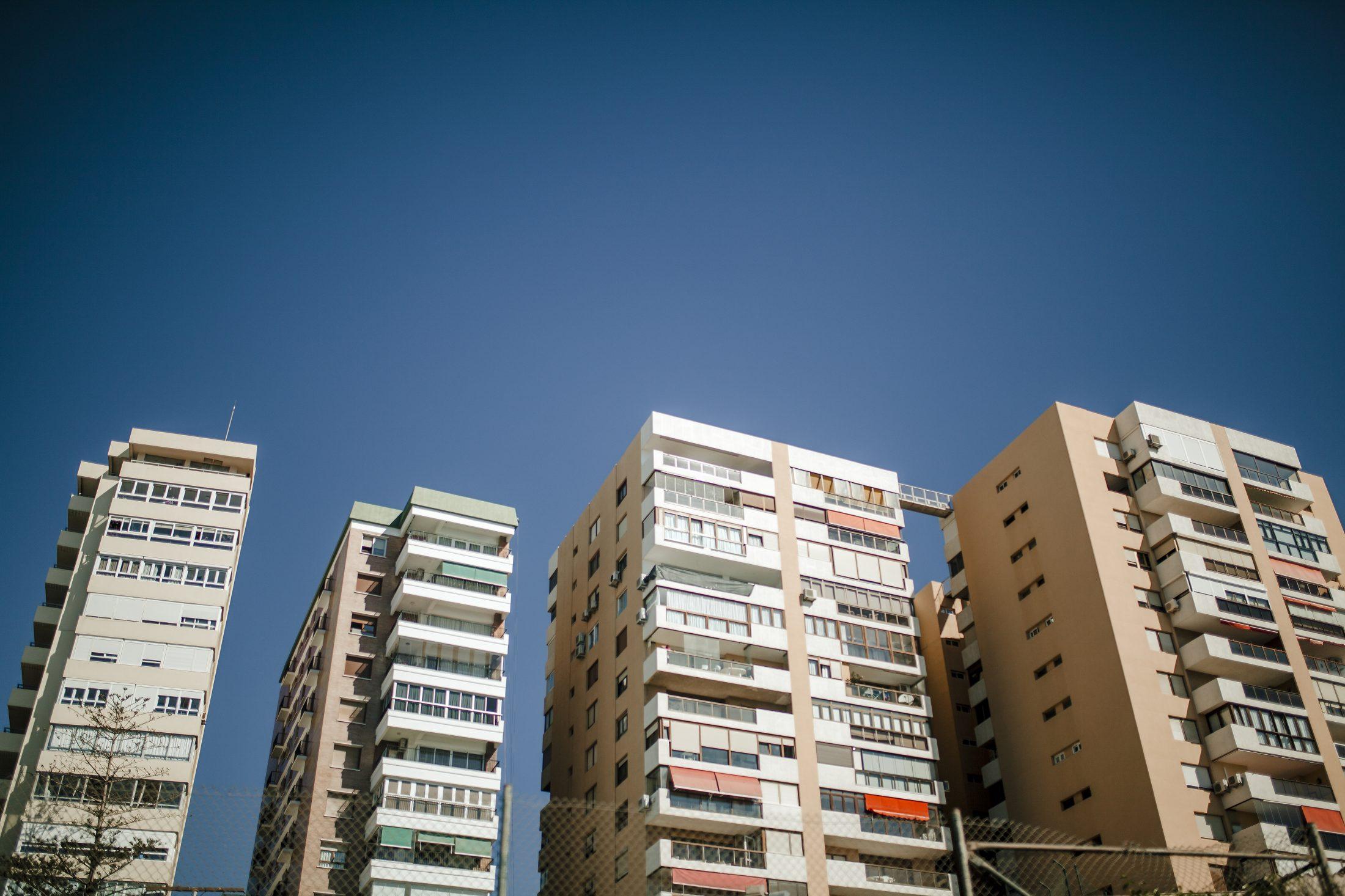 Els drets a l'habitatge que estan  en joc amb els pressupostos