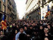 Concentració de manifestants a Via Laietana foto Carla Benito