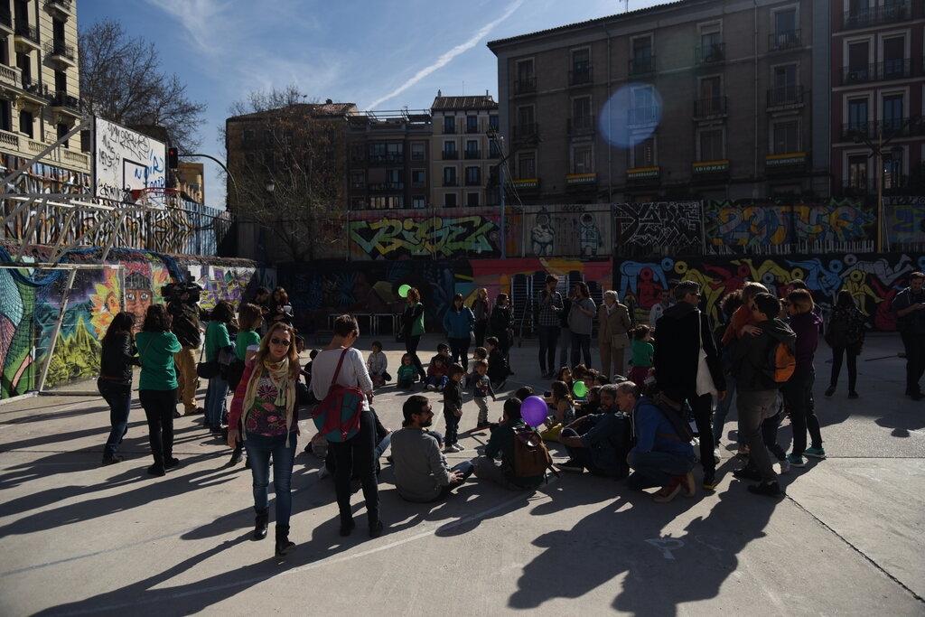 La construcció social de l'espai i els processos de 'guetització' dels barris