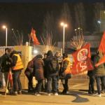 La vaga dels treballadors de Cacaolat pren dimensió social pel suport de col·lectius ciutadans