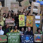 'Rebel·lió o extinció': creix la protesta contra el canvi climàtic