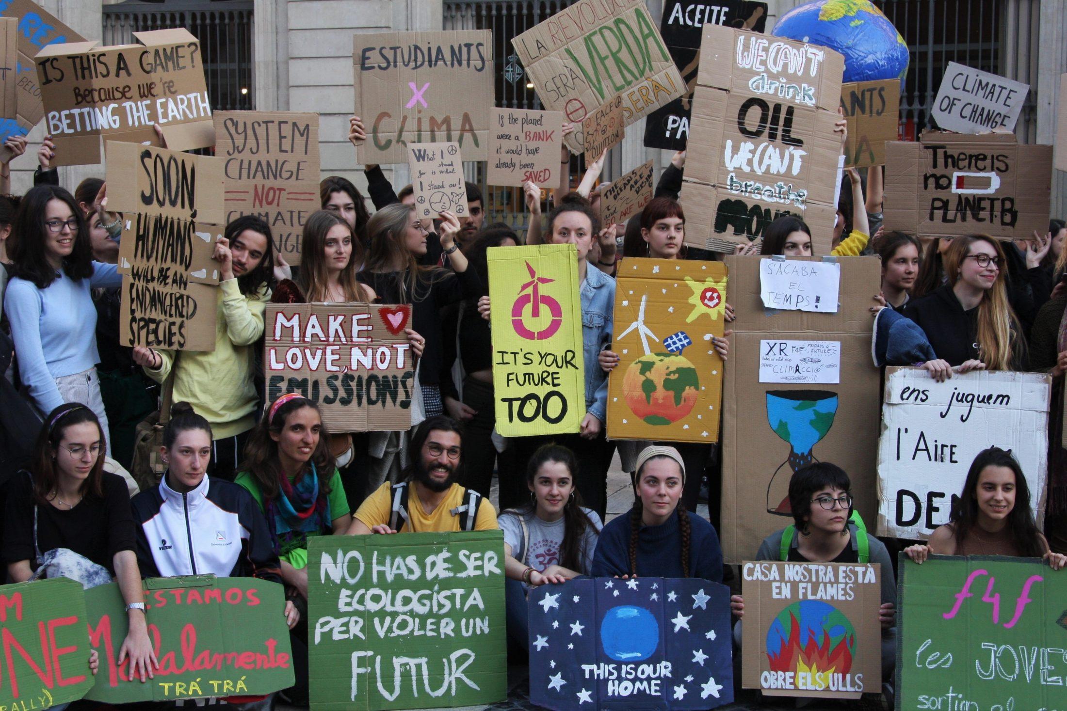 'Rebelión o extinción': crece la protesta contra el cambio climático