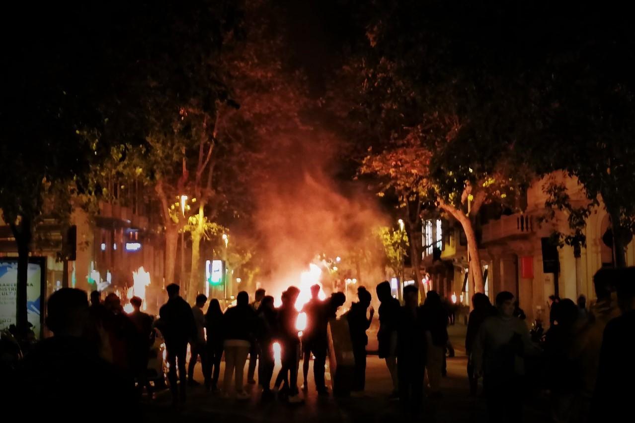 Primera semana de disturbios en rechazo a la sentencia del Procés, explicada minuto a minuto